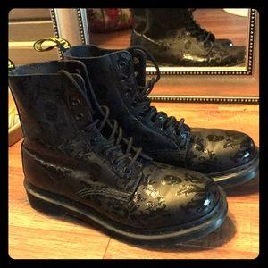 Doc martens air wait boots